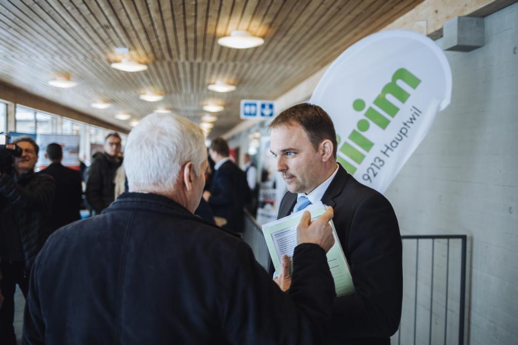 SVP bi de Lüt: Marcel Dettling als Wahlbotschafter